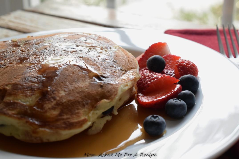 Blueberry Pancakes 3-2