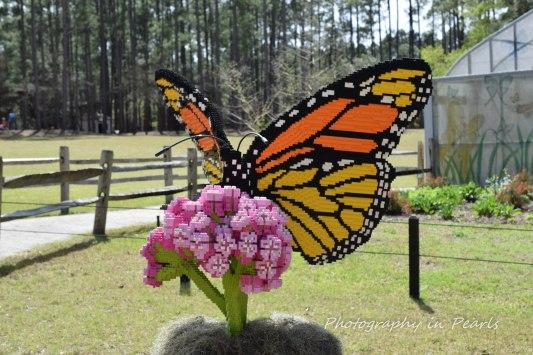 Monarch Butterfly on Milkweed - 60,549 Legos